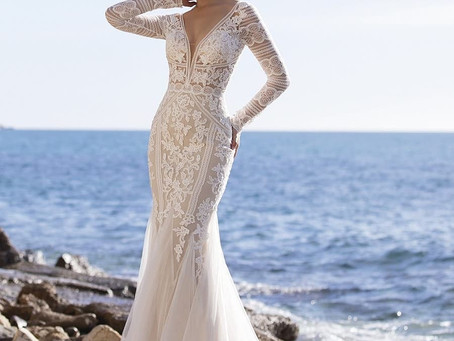 CAN YOU ADD SLEEVES TO ANY WEDDING DRESS?
