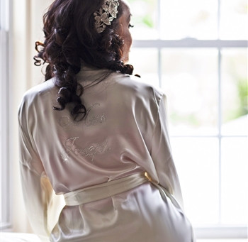 Tips On Choosing The Best Bridal Robes