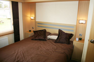 B9 Main Bed 3.jpg