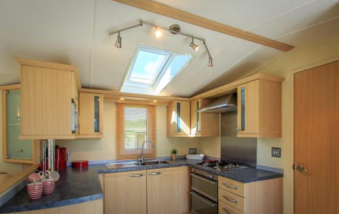 B9 Kitchen 2.jpg