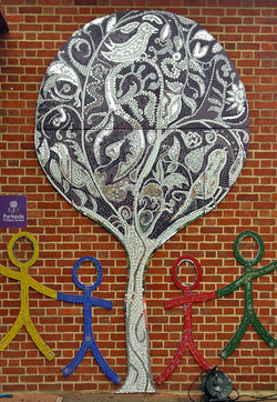 Parkside Primary/ Mosaic Tree/ Welcome Sign