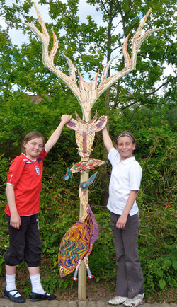 Chingford C of E Infant School / Totem Pole Playground Project