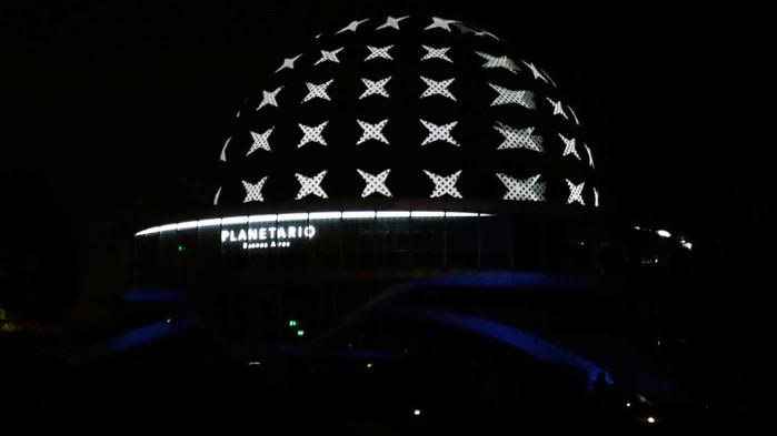 Robots, pantallas 8k y Realidad Aumentada: así se renovó el Planetario