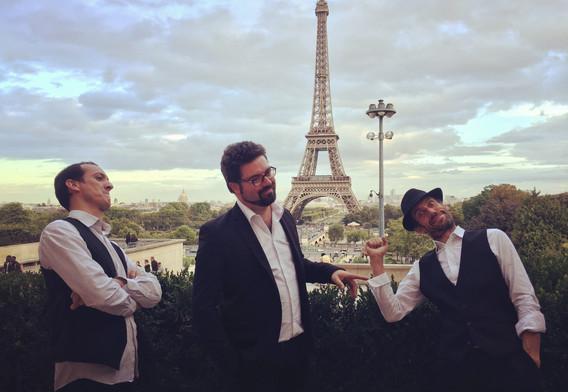 Groupes de Jazz pour soirées Gatsbys, Jazz Vocal années folles, Chansons Jazz années 20's pour Animation Cocktail de Mariage à Nantes et Rennes, Vins d'Honneur, Anniversaire, Soirée d'Entreprise en France/Grand Ouest/Pays de la Loire/Bretagne/Normandie/Paris/Haut de France