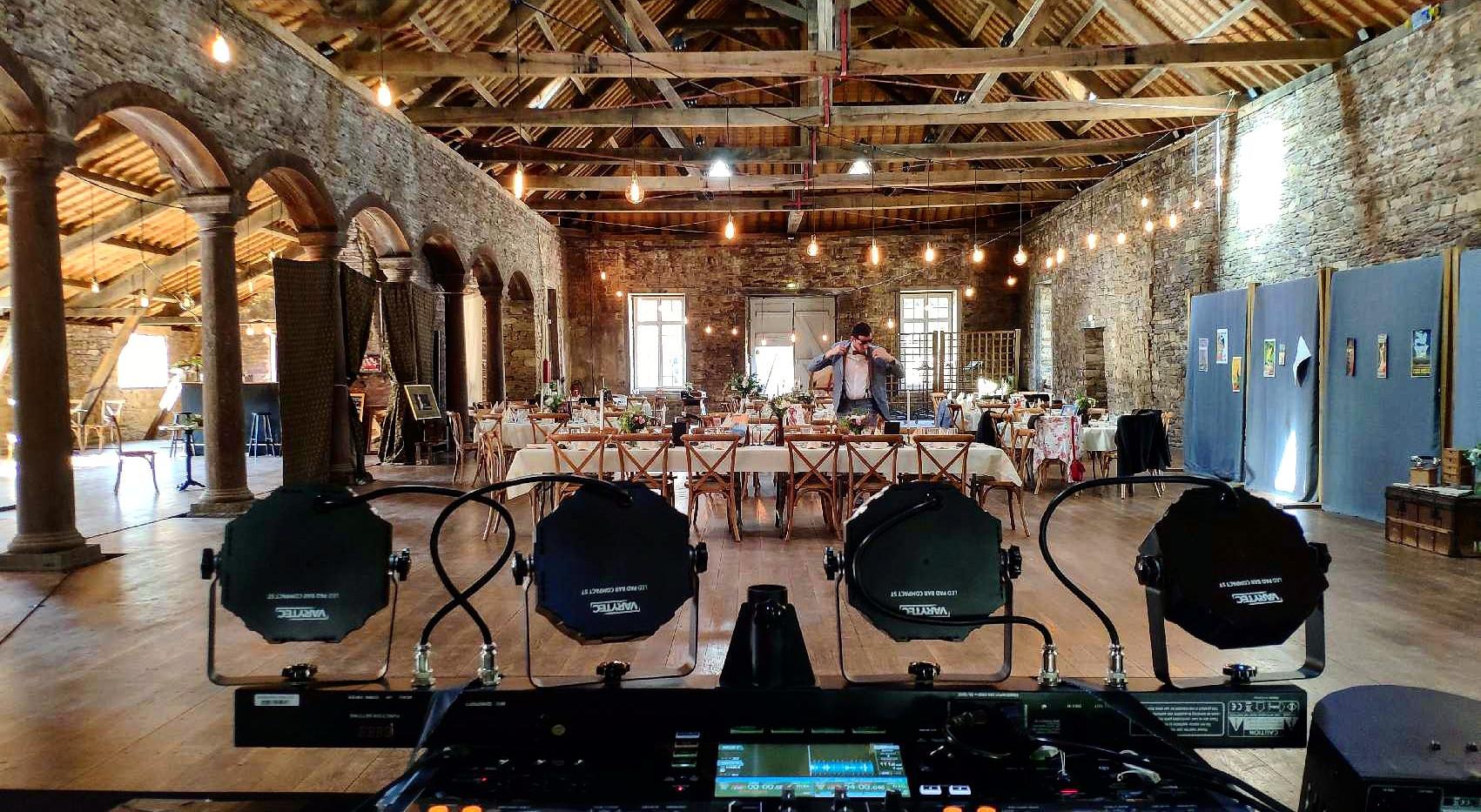 DJ Mabel, Mabel Jazz Band, DJ K7, soirées dansantes, Bal, mariages, entreprises, séminaires, soirées privées, DJ, saxophone, Grand Ouest, Bretagne, Vendée, Pays de la Loire, Nantes, Charentes, Loire Atlantique