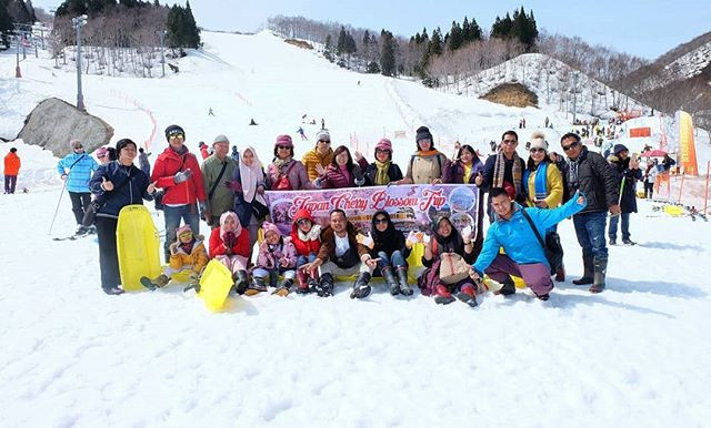 What a Beautiful Snow Resort and Best experience 😉😯_._._._.jpg