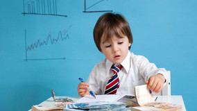 Should i give shares in my company to my children !
