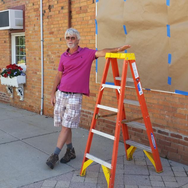 Keith Mulder - Mural unveiling.jpg