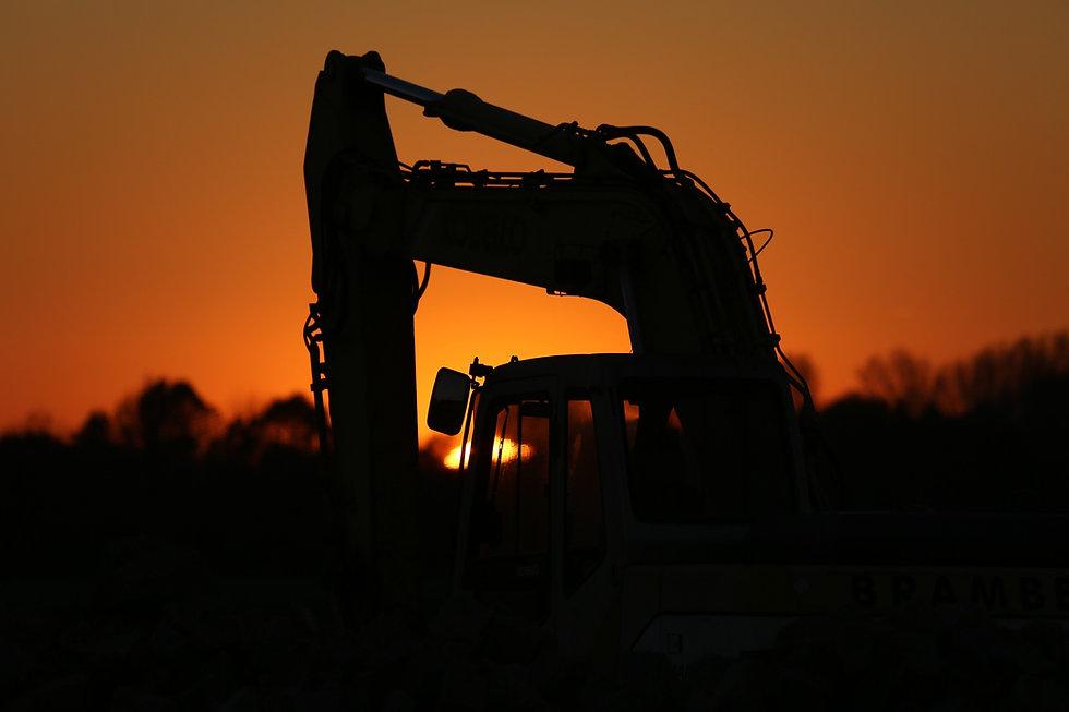 excavators-1383540_1920.jpg