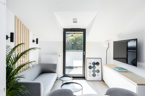 Séjour appartement vendu à Cracovie pour un investissement immobilier à Podgórze par Story's Immobilier