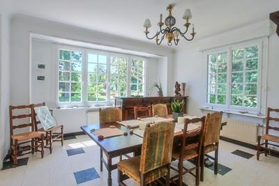 Salle à manger villa traditionnelle avec jardin secteur forêt du Touquet vendue par Story's Immobilier