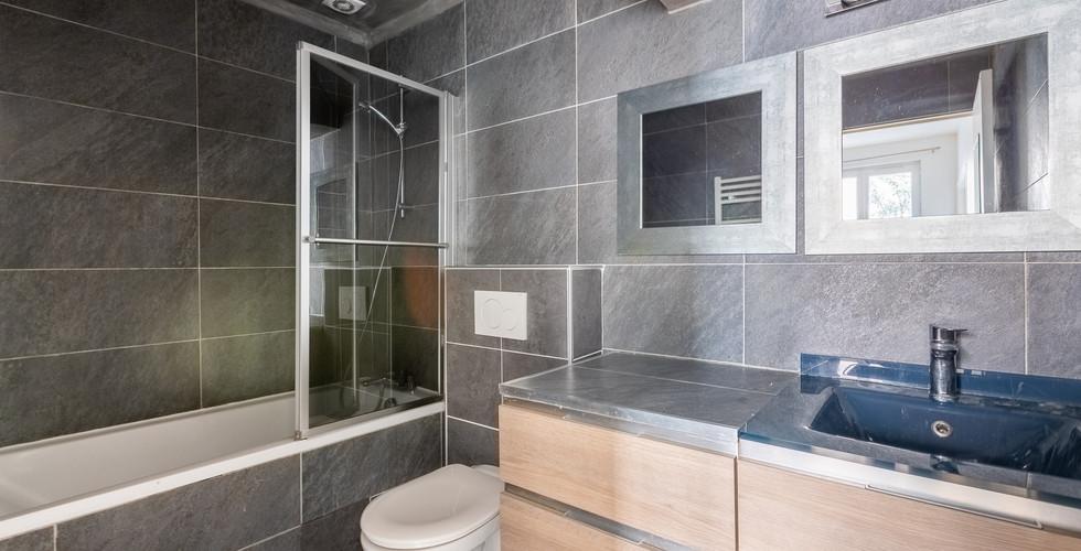 7-salle-de-bain.jpg