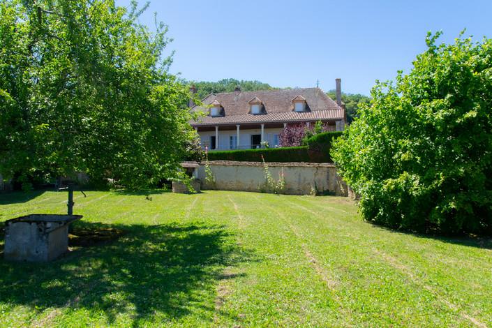 Façade maison à vendre proche de Cluny par Story's Immobilier