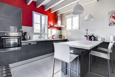 Cuisine maison vendue dans le centre de Cluny par Story's immobilier