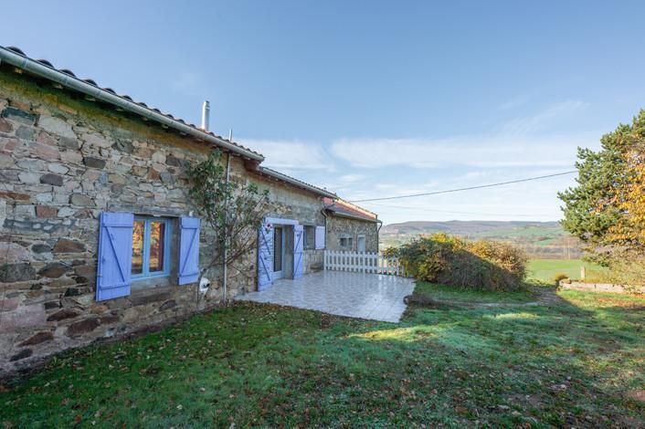 Façade maison à rénover proche de Cluny à vendre par Story's Immobilier Bourgogne du Sud