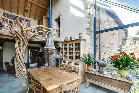 Séjour ferme rénovée vendue proche de Cluny par Story's Immobilier