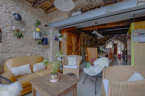Séjour maison romane à Cluny 71