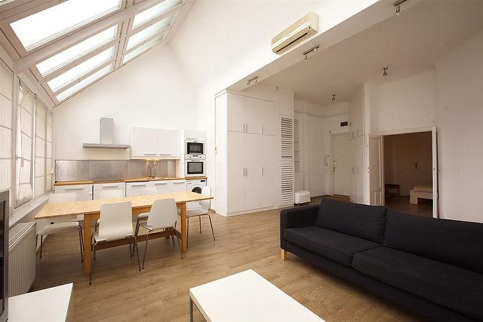 Cuisine appartement de type à Budapest rue Vaci