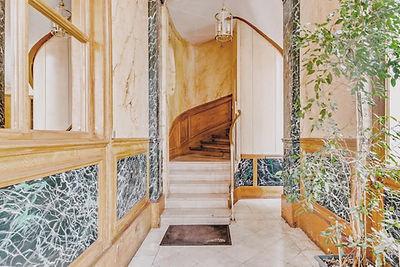 Hall appartement vendu par Story's boulevard Voltaire Paris