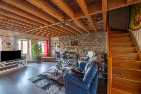 Salon maison à rénover proche de Cluny à vendre par Story's Immobilier Bourgogne du Sud