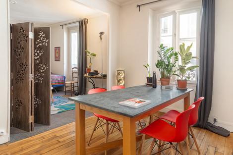 Séjour appartement vendu rue de la folie méricourt à Paris par Story's Immobilier