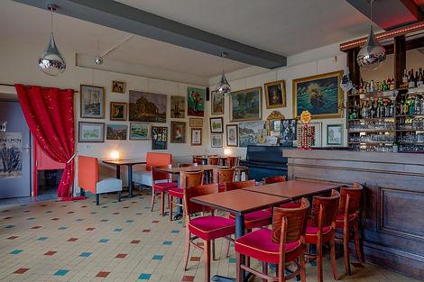Salle intérieure bar restaurant à vendre à Charolles par Story's immobilier