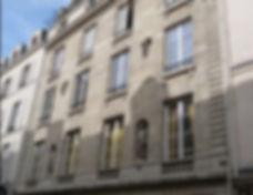 façade immeule style empire statue paris