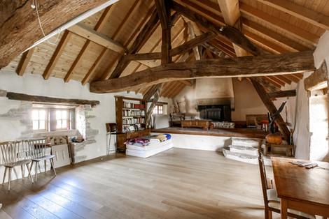 Charpente ferme rénovée vendue proche de Cluny par Story's immobilier