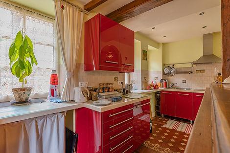 Cuisine maison à vendre dans le Clunisois par Story's Immobilier