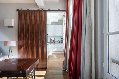 Cours immeuble rue Amelot appartement ç vendre par Story's Immobilier
