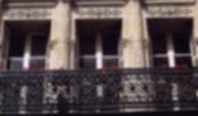 façade immeuble louis philippe architecture paris fenêtes histoire