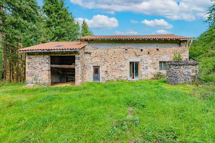 Façade ferme à rénovée proche de Cluny