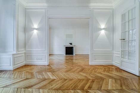 Salon immeuble avenue Junot d'un appartement familiale à vendre par Story's Immobilier