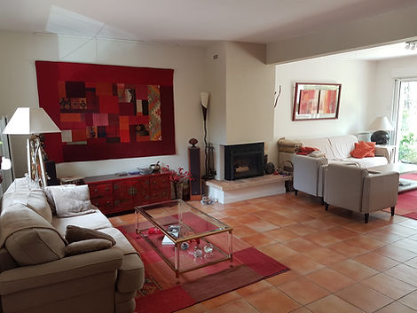 Séjour maison en face du golf d'Hardelot vendue par Story's Immobilier.