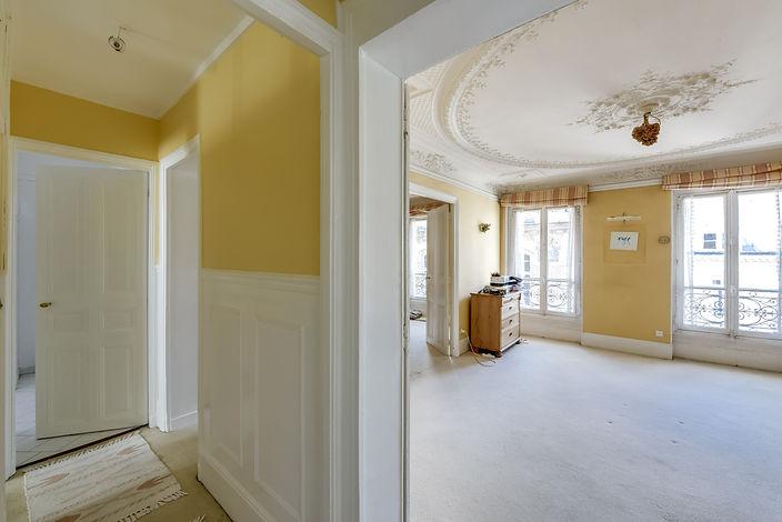 Salon appartement rue des bourdonnais Paris Les Halles vendu par Story's