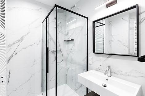 appartement investissement immobilier cracovie Kazimierz bathroom