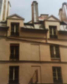 Façade immeuble Paris Style Louis XIII Mansart