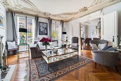 Séjour appartement vendu par Story's village levis Paris