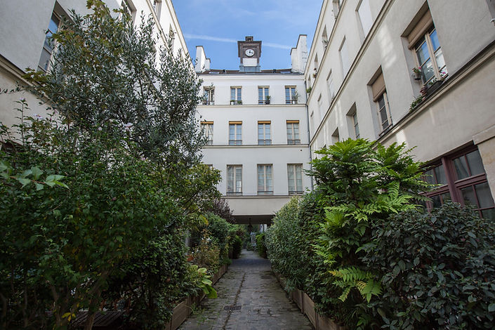 Appartement rue Amelot vendu par Story's Paris 11