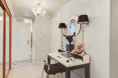 entrée appartement vendu par Story's Immobilier dans résidence de standing dans le triangle d'or du Touquet
