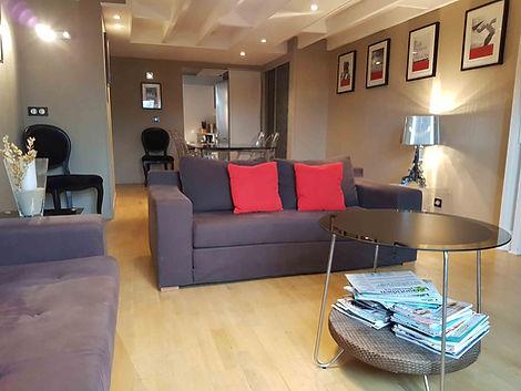 Séjour appartement vendue par Story's Immobilier au Westminster au Touquet Paris Place