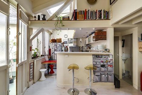 Cuisine appartement loft Lamarck Paris 18 vendu par Story's