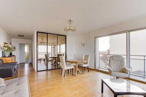 séjour vue mer appartement au Touquet face mer et vendu par Story's Immobilier