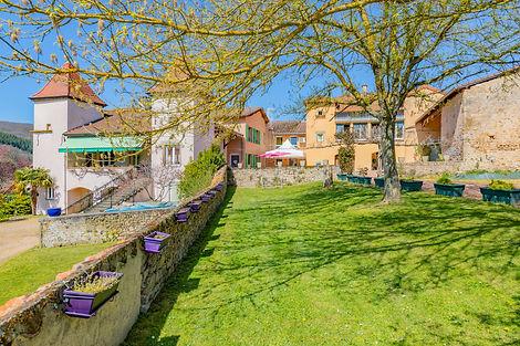 Ensemble immobilier à vendre proche de Cluny (71)