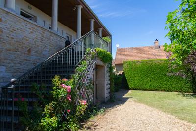 Jardin maison à vendre proche de Cluny par Story's Immobilier