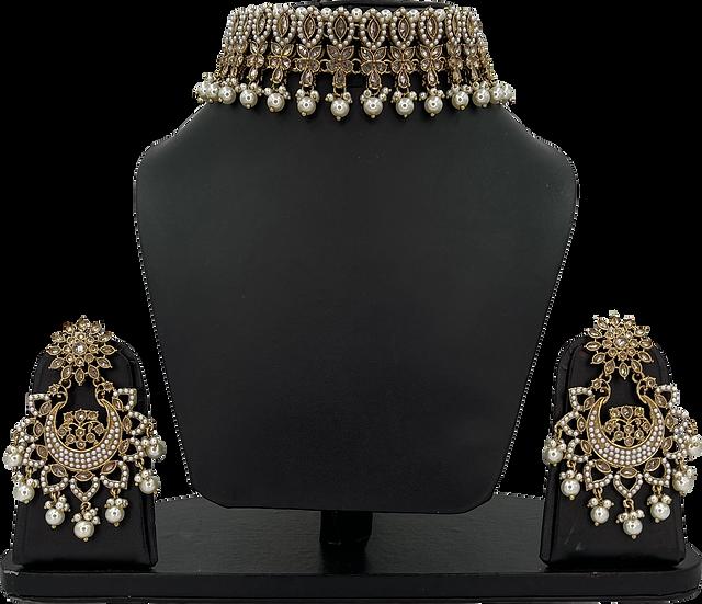 Shilpa - Gold