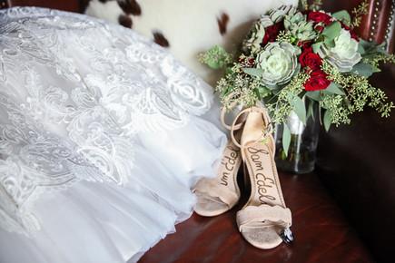 local wedding photographer wedding day details