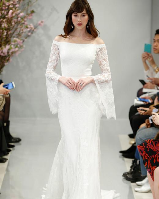2018 trouwjurk trend - uitlopende mouwen