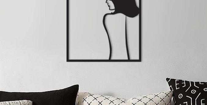 תמונת גב נערה
