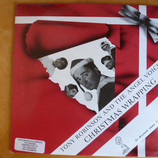 Tony Robinson - Christmas Wrapping